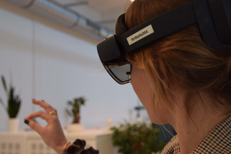 mr watts HoloLens